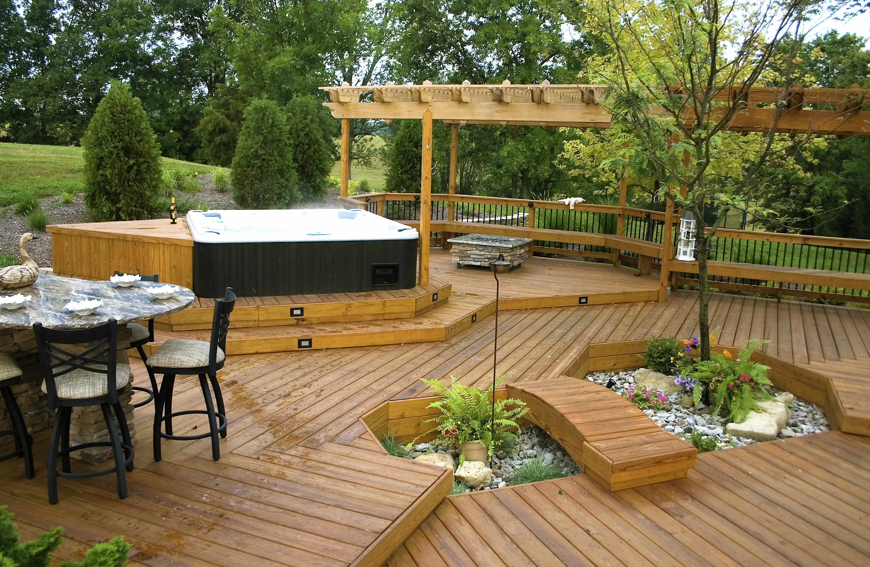 Hot tubs american deck sunroom for Hot tub designs and layouts
