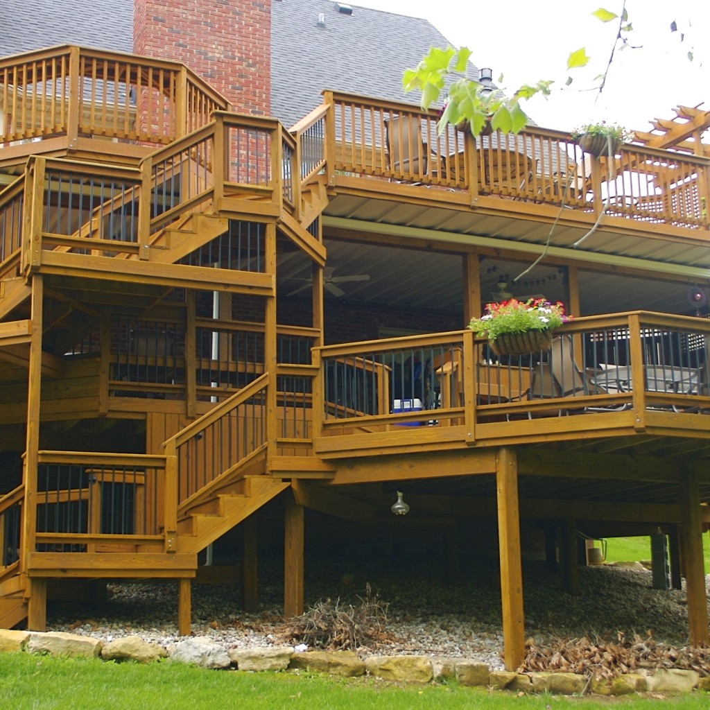 Custom Deck Illinois
