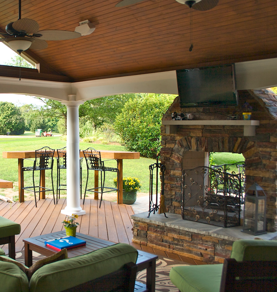 Custom fire pits and fireplaces in lexington louisville for Sunrooms with fireplaces