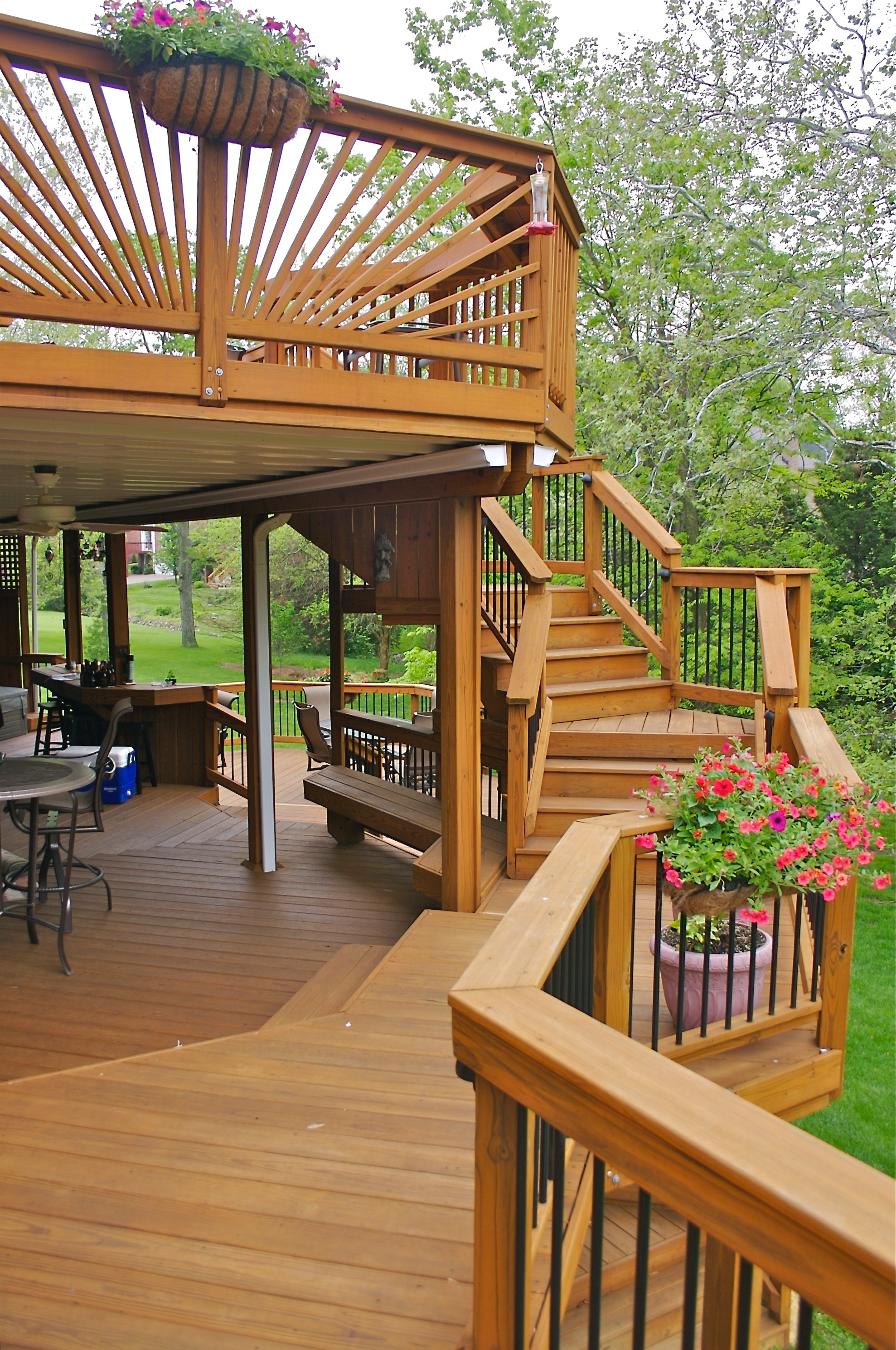 Designing Custom Decks In Illinois By American Deck & Sunroom